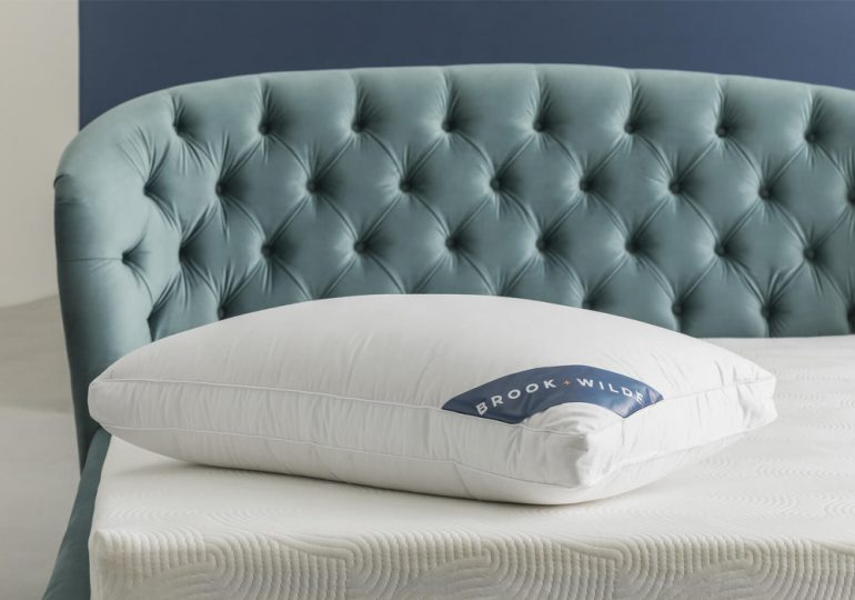 brook and wilde marlowe pillow review